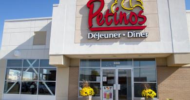Petinos restaurant i