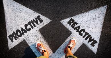 proactive-vs-reactive
