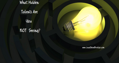 lightbulb-in-maze