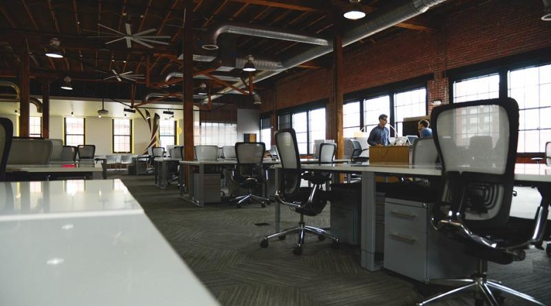 office-space-desks