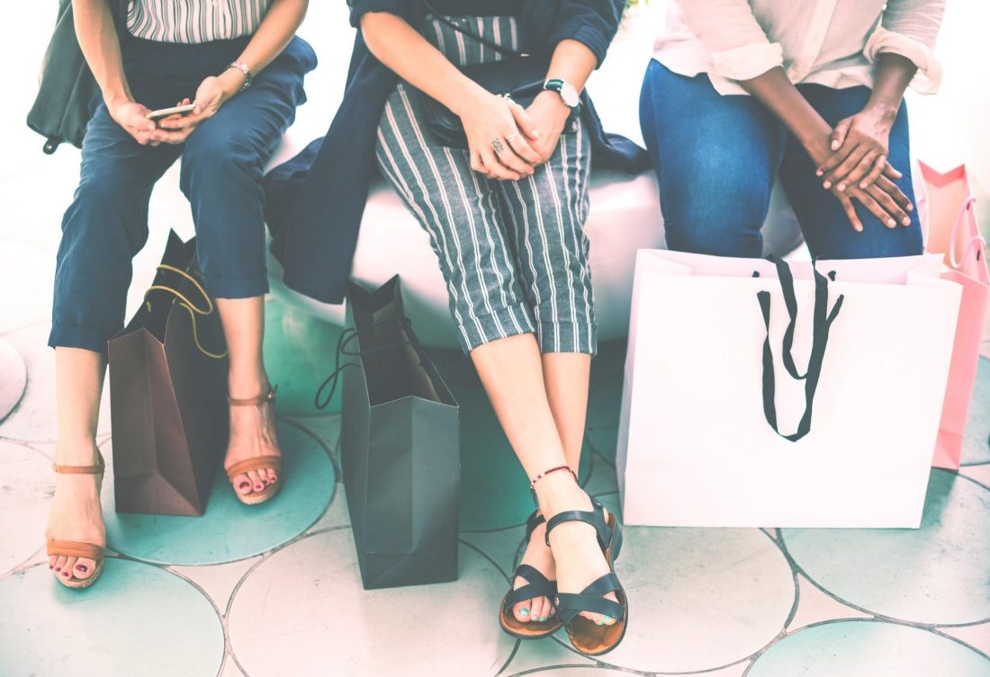 customer-rushes