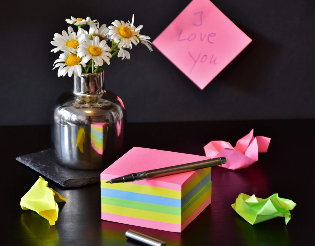 notes-post it-flower-love