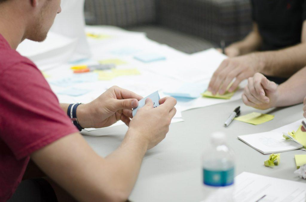meeting-planning-scrum-brainstorming