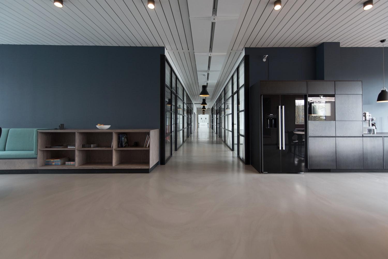3 Office-reception-area