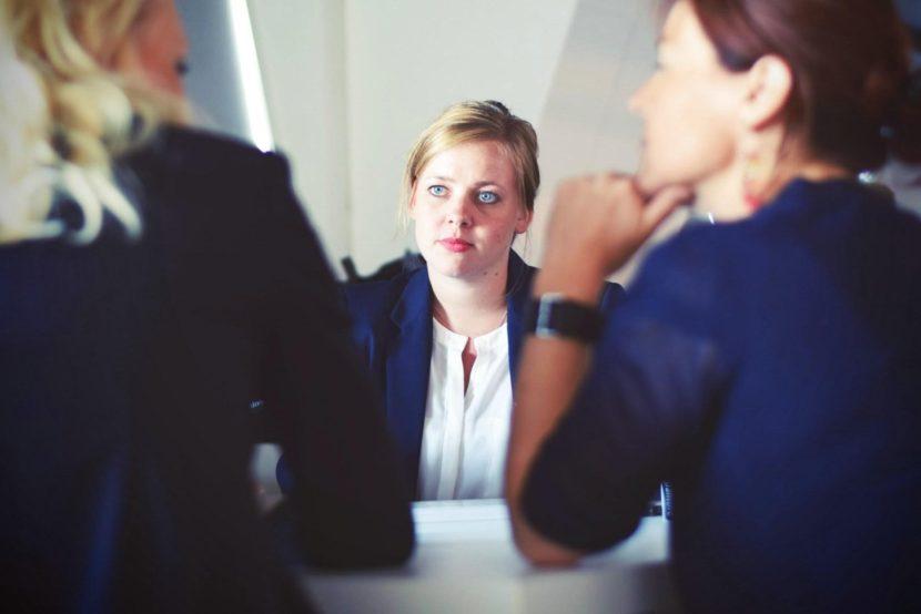 women-entrepreneurs-businesswomen-meeting