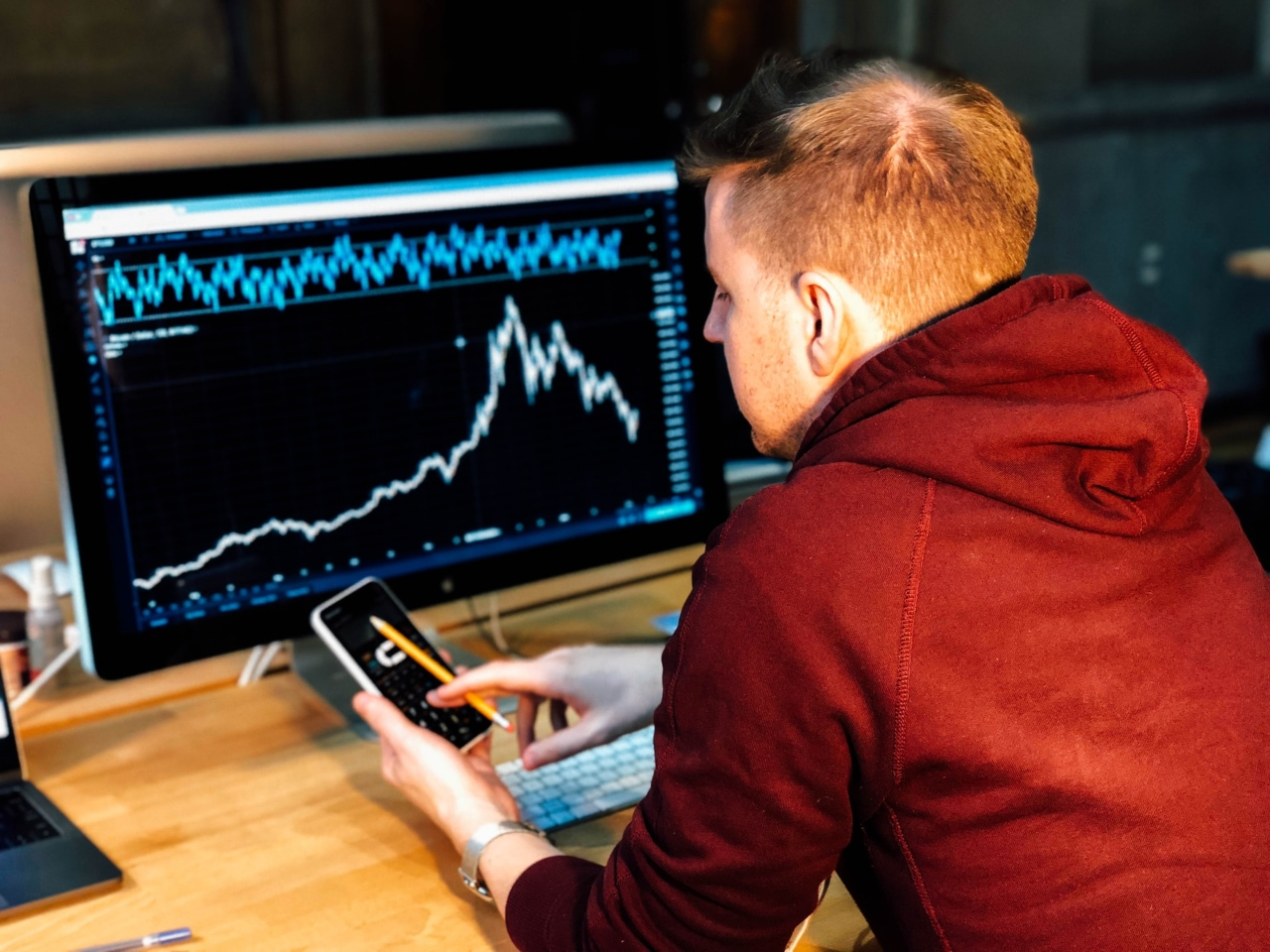 cryptocurrency-stock market-financial market