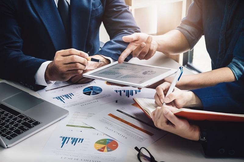 online marketing-meeting-marketing
