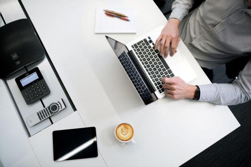 man on laptop-entrepreneur-business