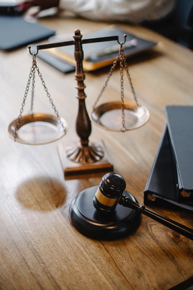 scale-balance-fair-justice
