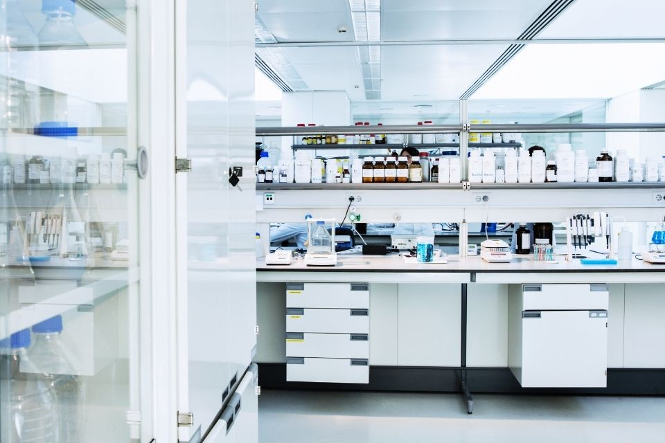 Ways To Reduce Costs in Your Lab Budget