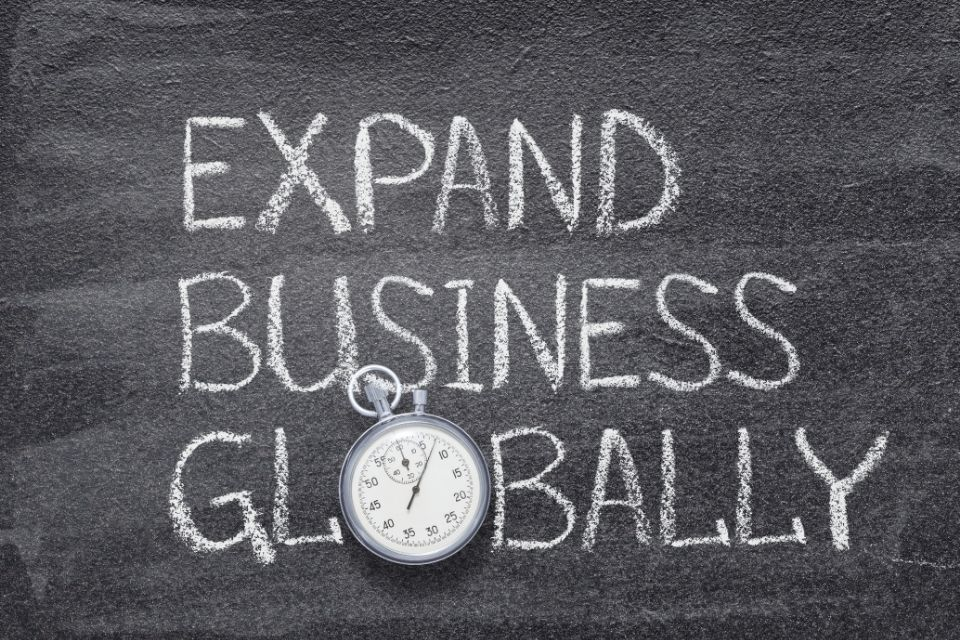 Advantages of Expanding Your Business Internationally