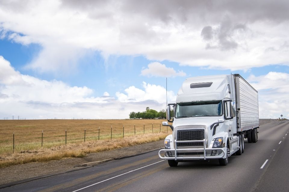 How Refrigerated Trucks Can Help Your Business