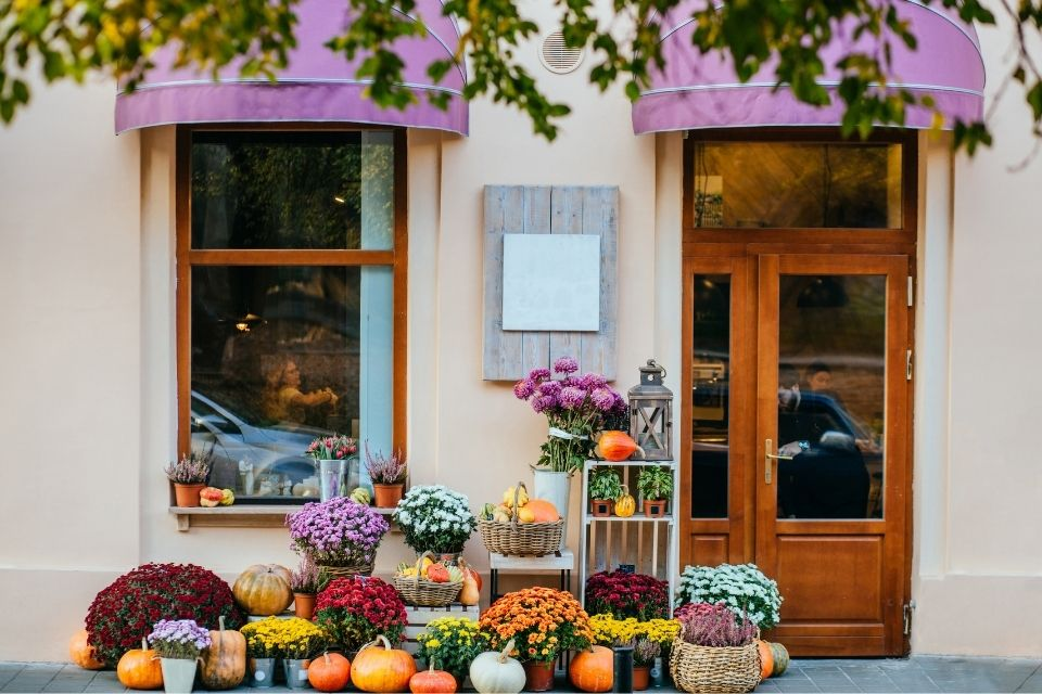 Different Ways To Make Your Storefront More Inviting